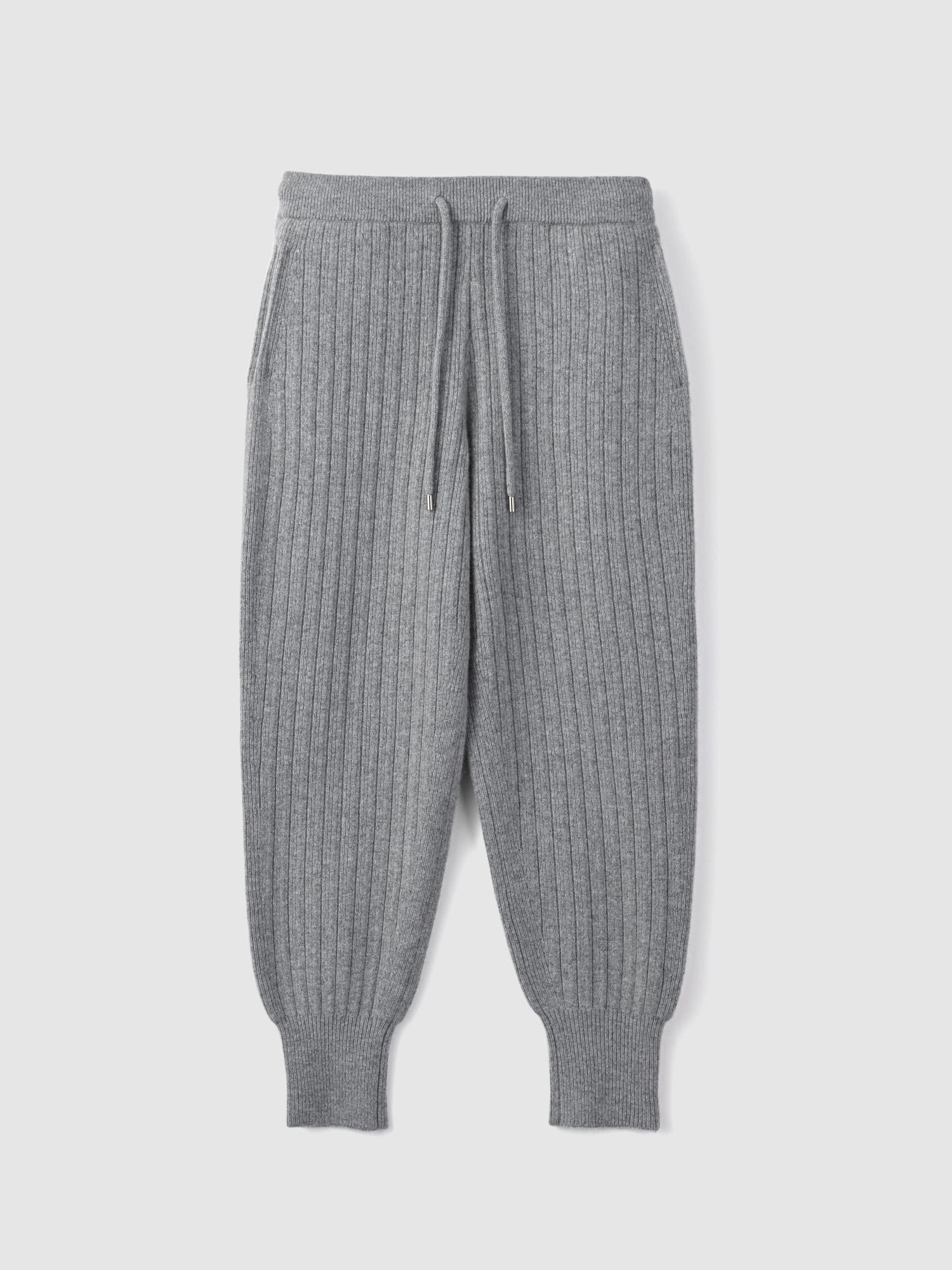 Accordion pants